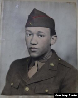 Waverly Woodson's first Army portrait. (Courtesy of Joann Woodson)