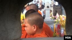 At Thursday's ceremony, eight monks and 200 people took part in remembering the fatal stampede and its victims.