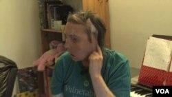 塔勒頓換面手術成功後展開新生活(視頻截圖)