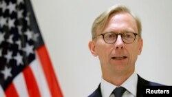 영국을 방문 중인 브라이언 훅 미 국무부 이란정책 특별대표가 28일 기자회견을 열었다.