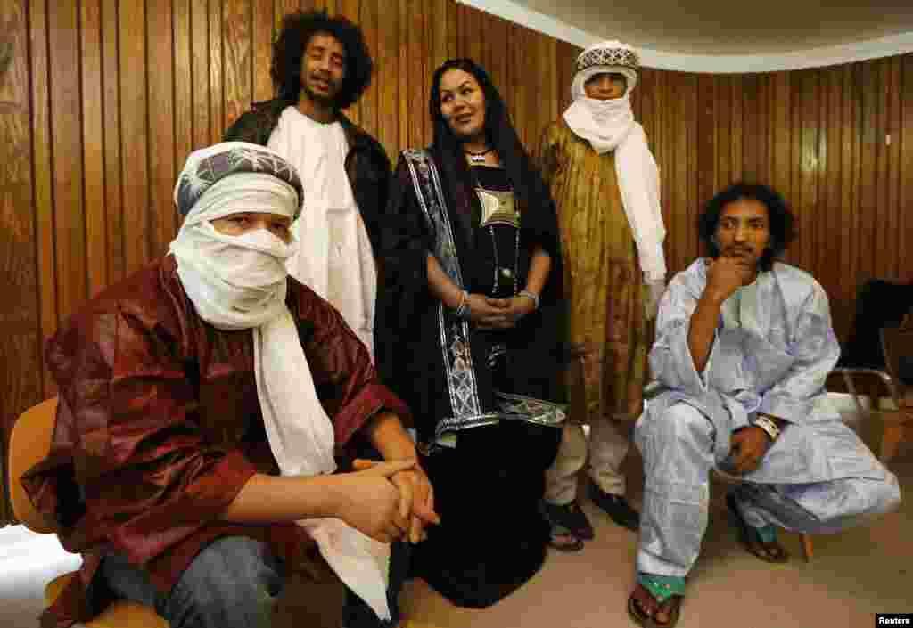 Le groupe touareg de blues Tamikrest à Barbican Hall avant le concert Sahara Soul à Londres, le 26 janvier 2013.