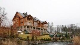 Shtëpia përrallore e Yanukovichit, muze korrupsioni?