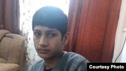 15 سالہ حسنین غلطی سے بارڈر پار کر کے بھارت پہنچ گیا تھا۔