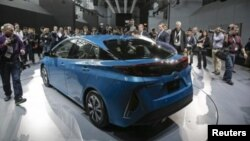 Toyota Prius Prime da un paso adelante en la tecnología de los carros híbridos que la marca impulsa desde hace 10 años.