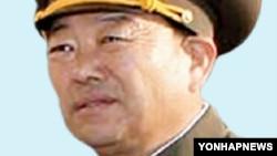 차수로 승진한 북한 현영철 대장. (자료사진)