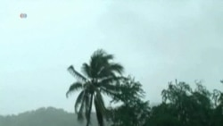 Hurricane Raymond Swirls Off Mexico, Hits Acapulco With More Rain
