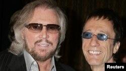 Los doctores creen que Gibb, de 62 años, tiene un tumor secundario, dijo su representante Doug Wright, confirmando la noticia del diario británico The Sun.