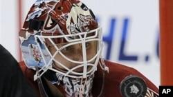 Российский вратарь Philadelphia Flyers Илья Брызгалов (архивное фото)