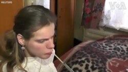 Họa sĩ Crimea vẽ bằng miệng
