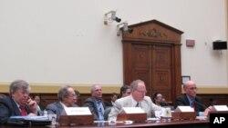 미국의 핵 비확산 정책을 점검하는 청문회에 참석한 전문가들