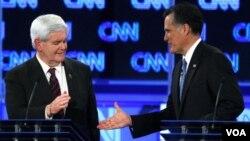 Newt Gingrich y Mitt Romney saben que sin respaldo hispano es imposible triunfar en Florida.