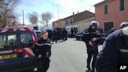 法国南部奥德省特雷布镇一家超市发生人质劫持事件(2018年3月23日)