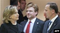 Хиллари Клинтон и премьер-министр Новой Зеландии Джон Кей