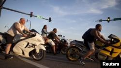 미국 사우스 캘리포니아에서 열린 '2015년 아틀란틱 비치 메모리얼'에 참가한 오토바이족. (자료사진)