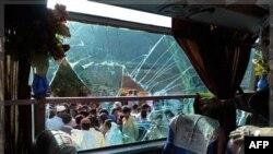 Озброєні чоловіки здійснили напад на автобус зі шиїтськими паломниками