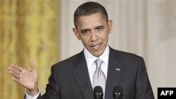 Predsednik Obama odgovara na pitanja na zajedničkoj konferenciji za novinare sa meksičkim predsednikom Kalderonom, 3. marta 2011.