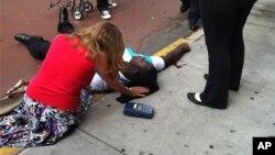 24일 뉴욕시 엠파이어스테이트 빌딩 앞을 지나가다 총을 맞고 숨진 희생자.