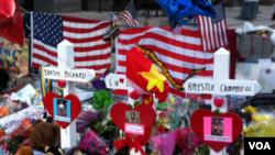 Tưởng niệm 3 người bị thiệt mạng trong vụ nổ bom ở Boston