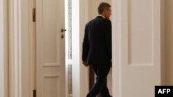 Nemački predsednik Kristijan Vulf odlazi nakon konferencije za novinare na kojoj je objavio svoju ostavku