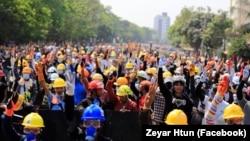 ရန္ကုန္ ေျမာက္ဥကၠလာၿမိဳ႕နယ္ သပိတ္စစ္ေၾကာင္း။ (ဓာတ္ပံု - Zeyar Htun - မတ္ ၁၀၊ ၂၀၂၁)