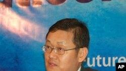 ایشیائی ترقیاتی بینک کے اقتصادی ماہر لی جونگ وا