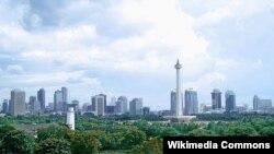 Jakarta adalah kota yang menjadi sumber pekerjaan terbesar di Indonesia dan merupakan pusat perekonomian. (Foto: Wikipedia)