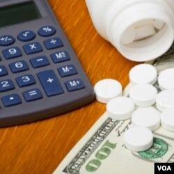 Banyak orang memilih membeli obat via internet karena lebih murah, tapi seringkali sulit untuk memastikan keaslian obatnya.