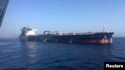 ناروے کا آئل ٹینکر جس پر خلیج اومان میں مبینہ حملہ کیا گیا تھا۔ 13 جون 2019