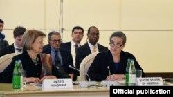 ABŞ Dövlət katibinin enerji diplomatiyası üzrə müavininin müşaviri Sandra Oudkirk