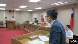 台湾立法院司法及法制委员5月5号质询的情形(美国之音张永泰拍摄)