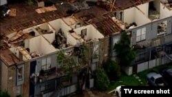 Zgrada razorena posle jakog nevremena, SAD 25. maj 2015.