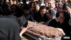 مراسم تشییع پیکر بانو سیمین بهبهانی در بهشت زهرا - عکس از ایسنا