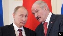 Владимир Путин и Александр Лукашенко. Россия, Санкт-Петербург, 15 марта 2013г.