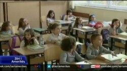 Fillon viti shkollor në Kosovë