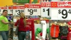 Сеть универсамов Walmart повышает почасовую оплату труда