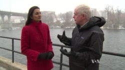 VOA reporters on the scene in New Hampshire, talk about Democratic candidates
