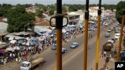 Guiné-Bissau: polícia e guarda-fronteira querem ser equiparados aos militares