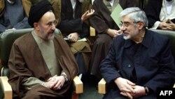 موسوی و خاتمی؛ مخالف دولت اما با روش های متفاوت