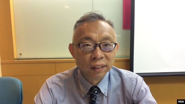 台湾国立师范大学教授范世平(美国之音记者申华 拍摄)