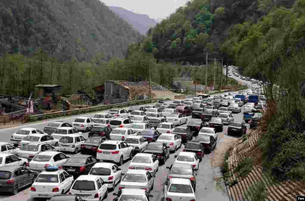ترافیک جاده هراز در تعطیلات نوروزی