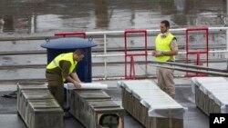 Kapal yang diduga berisi roket dari Iran.