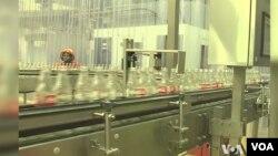 可口可樂是參與內羅畢水基金項目的10家公司之一。(視頻截圖)