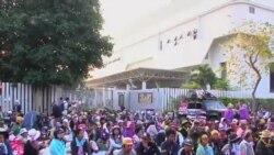 泰國抗議者阻塞選舉登記中心入口