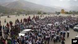 Tibetan Students Protest Chinese Replacement of Tibetan Textbooks