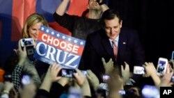 Kandidat capres dari Partai Republik Ted Cruz dari Texas di Des Moines, Iowa, 1 Februari 2016.