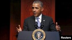 美國總統奧巴馬二月時在巴爾的摩穆斯林組織發表講話。