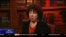 Intervistë me analisten Shirley Cloyes DioGuardi
