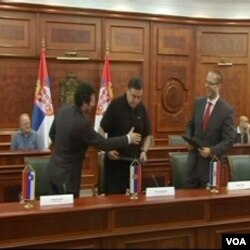 Čestitke nakon podpisivanja dogvora u Beogradu