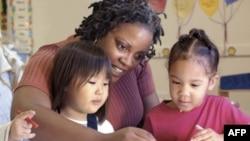 Amerika'nın BM Çocuk Hakları Sözleşmesi'ni Kabul Etmemesi Eleştiriliyor