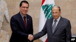 وزیر خارجه ونزوئلا (سمت چپ) در کنار همتای لبنانیاش